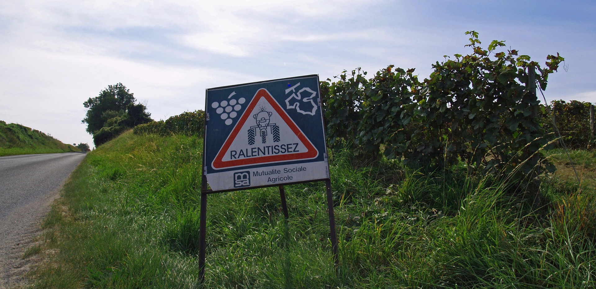 Harvest 2014 - warning sign