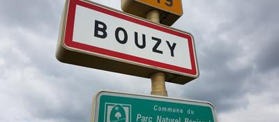 Bouzy road sign