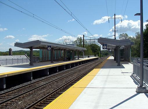 Elizabethtown_Amtrak_station_smaller.jpe