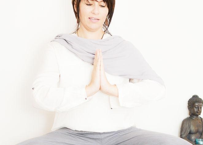 Manu_Yoga-10a.jpg