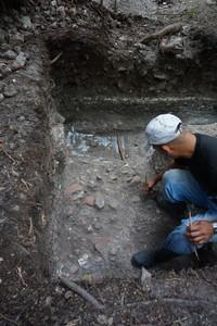 Basuero encontrado en la Estructura 140-3 (UCA05A-19-5-241)