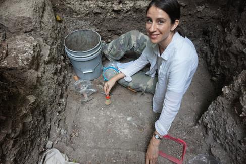Excavaciones de las fases del Clásico Tardío del edificio