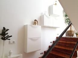 Úložné skříňky na schodišti