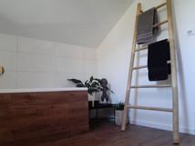 Dekorativní bambusový žebřík na odložení ručníků