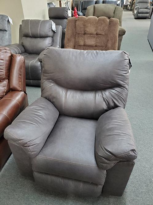Boxberg power rocker recliner