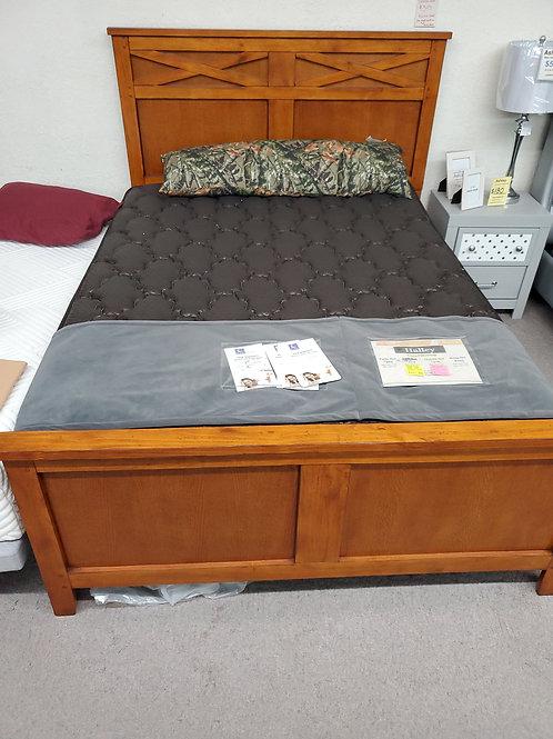 Eads Queen Bed