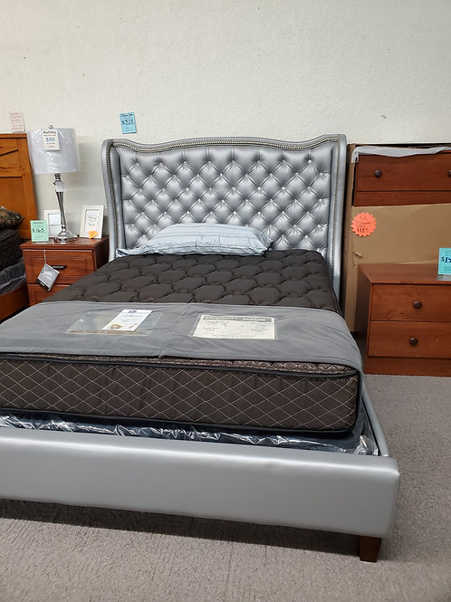 Maddison full bed