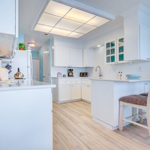 Condo 27 Kitchen .jpg
