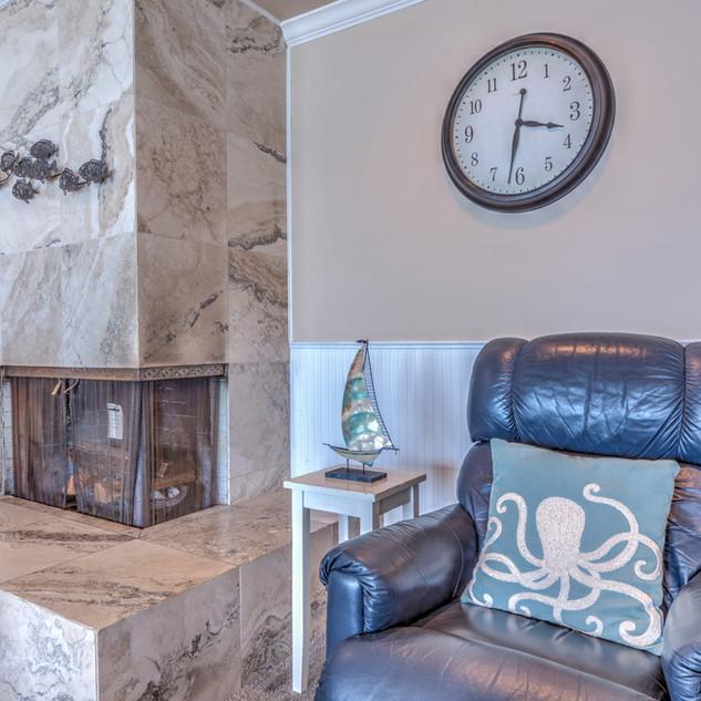 Unit 21 Fireplace.jpg