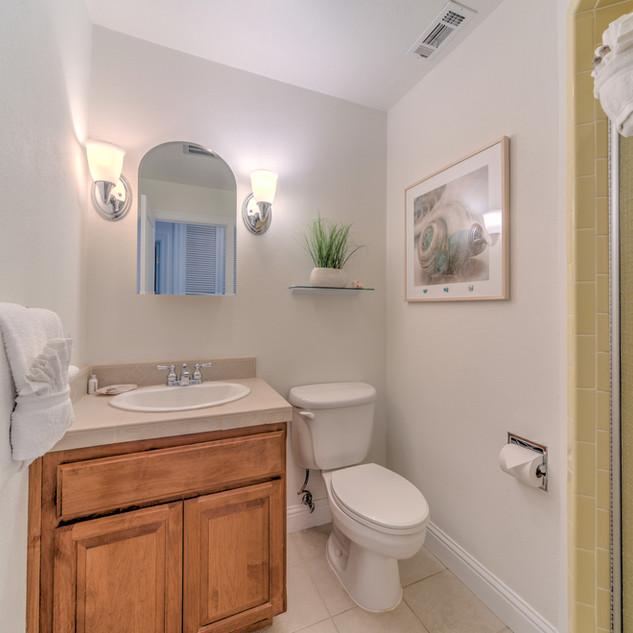 Condo 41 Guest Bath.jpg