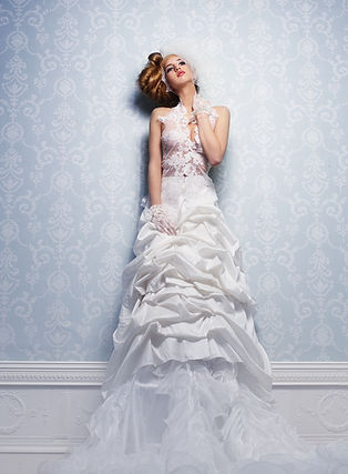 wedding-dress-9FE475L.jpg