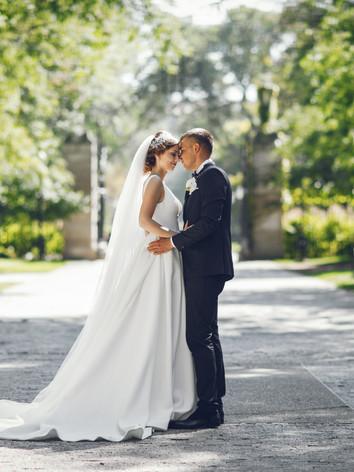 beautiful-wedding-couple-Z2VG67N.JPG