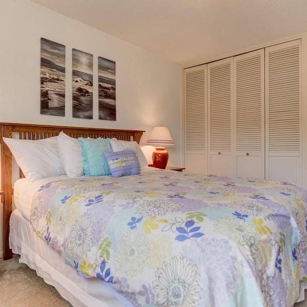 Condo 31 Guest Bedroom 2.jpg