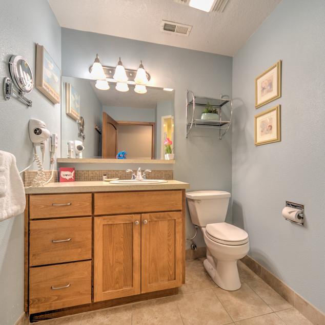 Condo 45 Guest Bath.jpg