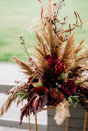 wedding-decor-with-natural-elements-Z482