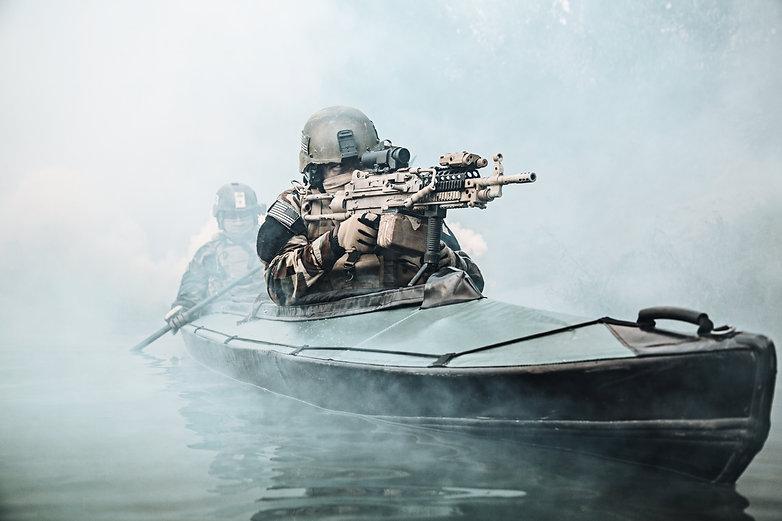 militants-in-army-kayak-PYFHZSR.jpg