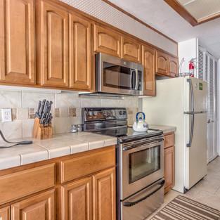 Condo 41 Kitchen 3.jpg