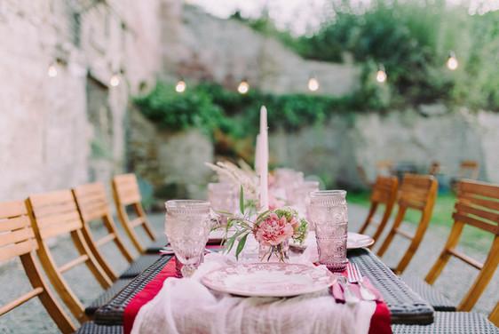wedding-table-decor-WRTTKTY.jpg