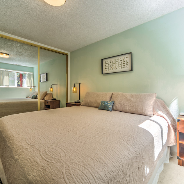Condo 24 Guest Bedroom 2.jpg