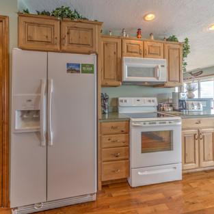 Condo 40 Kitchen 2.jpg