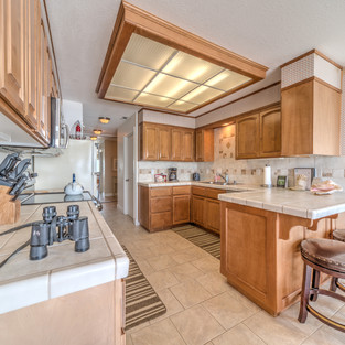 Condo 41 Kitchen 2.jpg