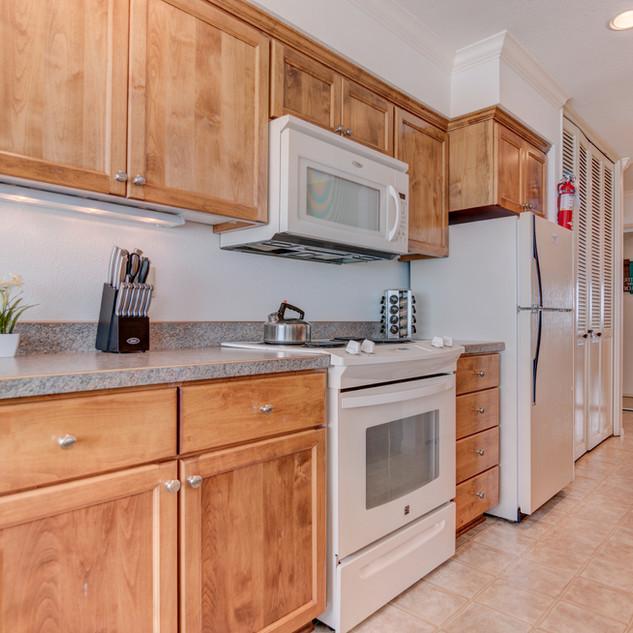 Condo 31 Kitchen.jpg