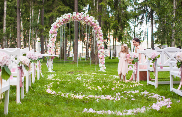 wedding-benches-with-guests-and-flower-a
