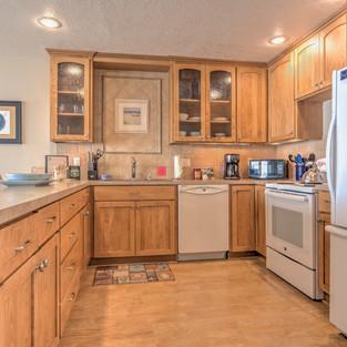 Condo 45 Kitchen.jpg
