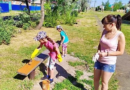 «Сказочное утро» на детских площадках поселка Шербакуль…