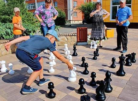 Инклюзивное шахматное лето для шербакульской детворы…