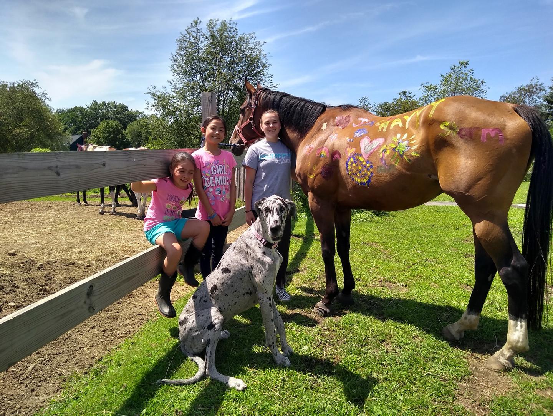 horse painting girls 2019.jpg