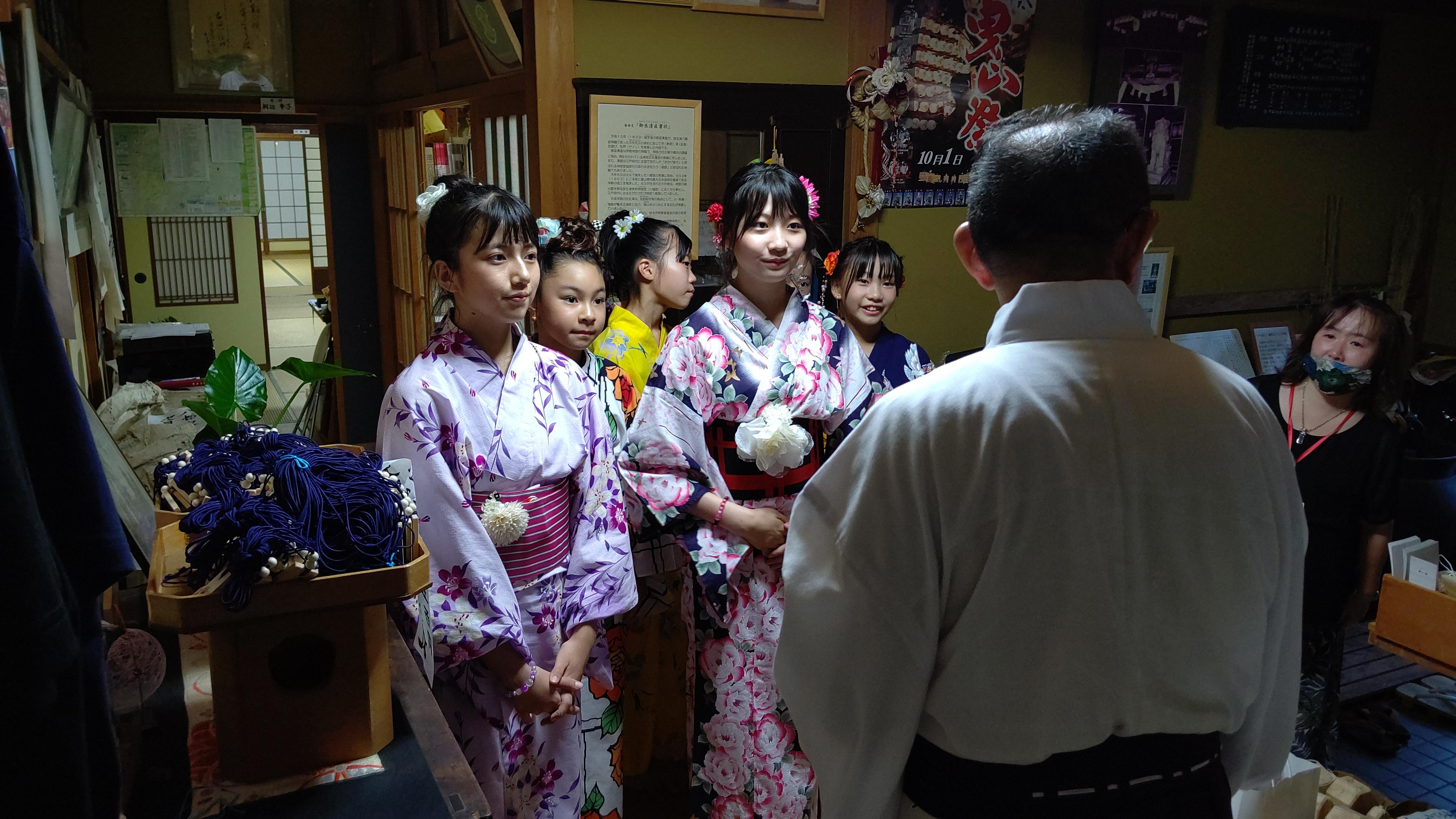 202000822祖霊社祭への特命ボランティア大使出演