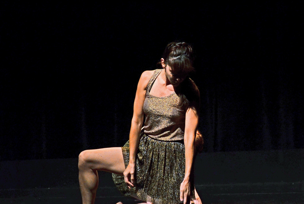 HR Dance photo by Ralph Thompson