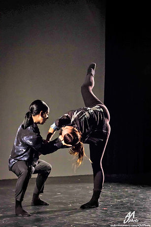 #76_Inclined Dance Project photo by Andr