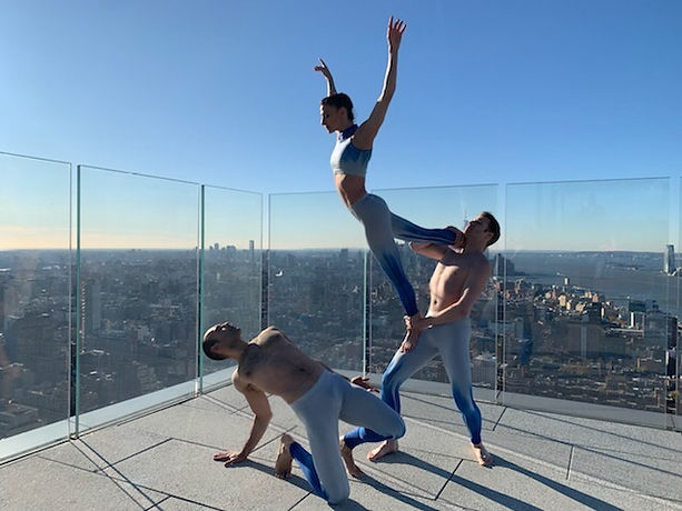 #21_East by North Dance Theatre photo by