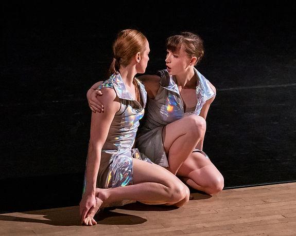 #77_DanceTharin photo by Liz Schneider-C