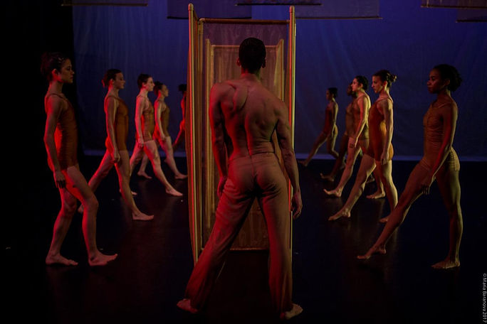 #59_Amanda Selwyn Dance Theatre photo by