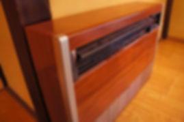 LED熱帯植物工場内はこの温泉暖房機×2台で温められる。 温泉の熱で温められた熱風が館内を常時25度で管理されています。 飛騨の冬は外気-10以上にもなるがそれでも25度を24時間キープ。 温度管理も自動システムにより365日、常時20~25度。
