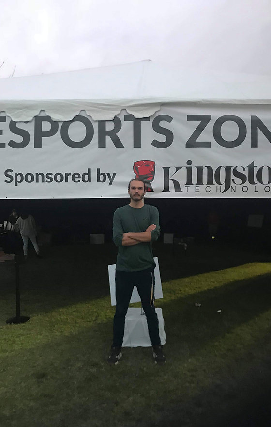 Esports Zone.jpeg