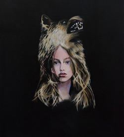 La Loba (Wolf Girl)