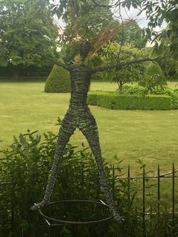 Standing Wire Figure