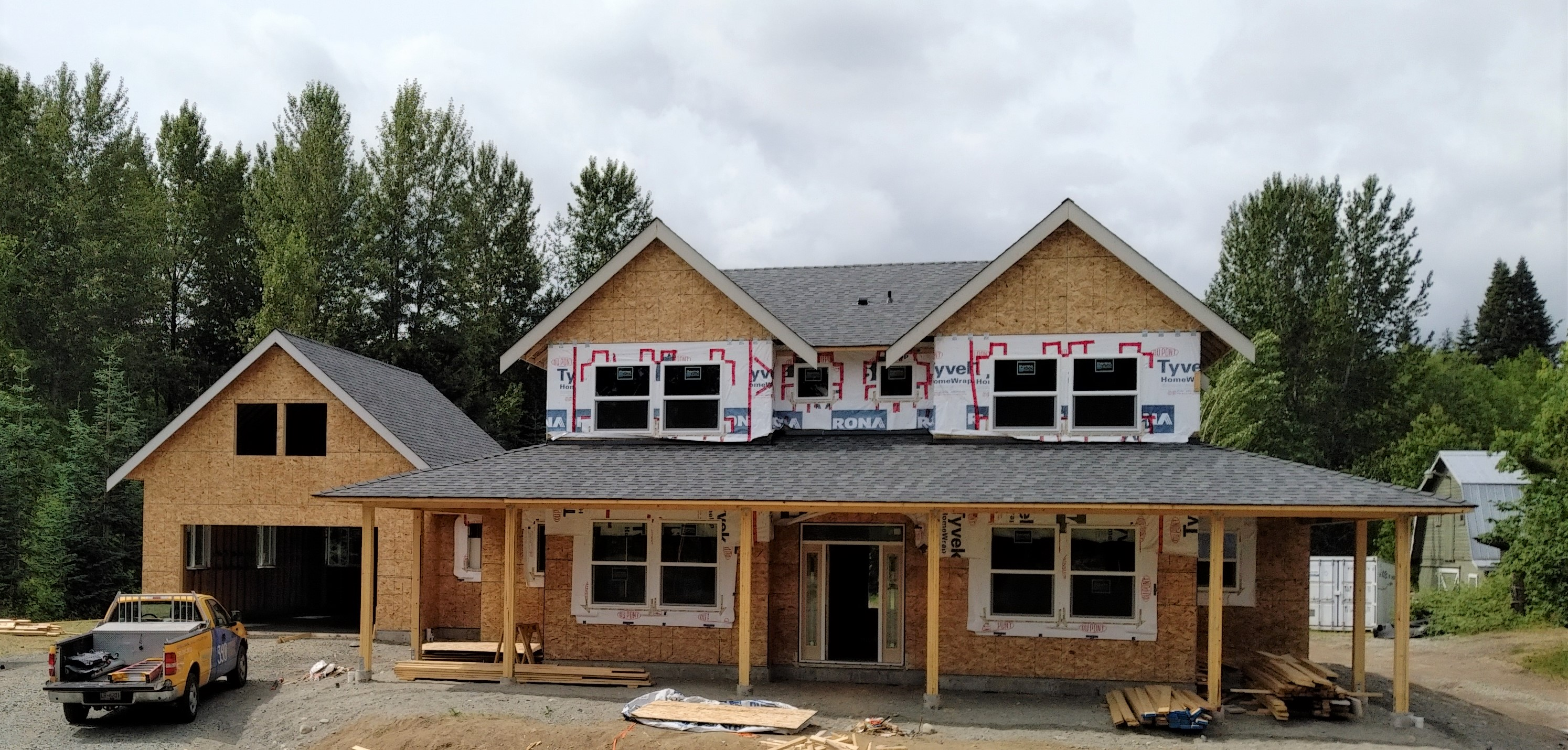 Emperor Homes Ltd. – Ladysmith Custom Home with Carriage House – Framing