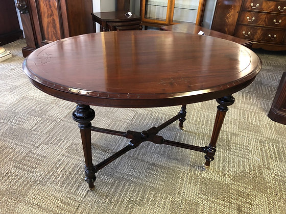 Victorian mahogany oval table