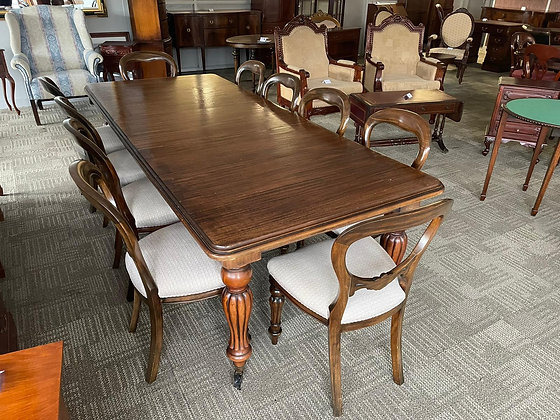 Victorian mahogany square end with 10 chairs