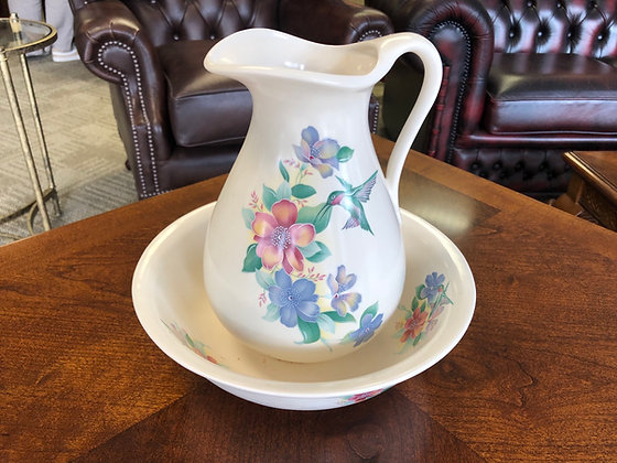 Antique blue and white wash bowl & pitcher