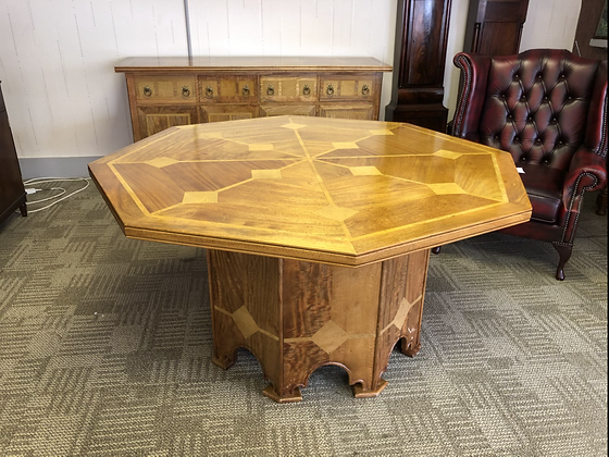 Barker & Stonehouse flagstone dining table