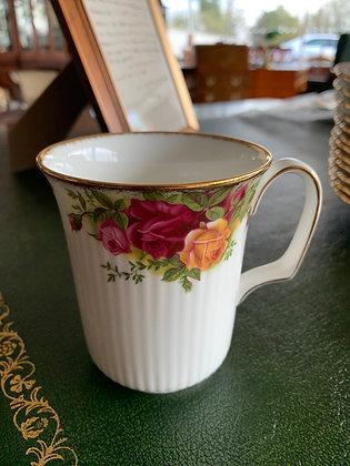 Royal Albert Old Country Roses Mug
