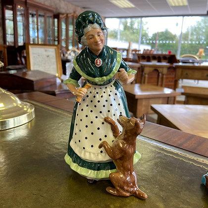 "Royal Donulton Figurine street ""Old Mother Hubbard"""