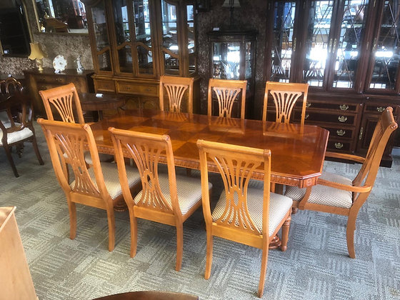 Yew inlaid table and 8 chairs (2 carvers & 6 chairs)