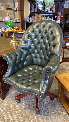 Green high back leather buttons director chair